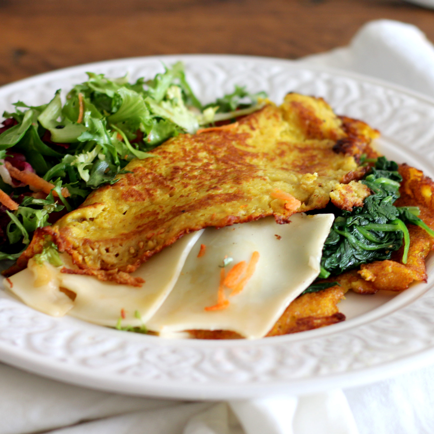 Vegan cheese omelette with Spinach